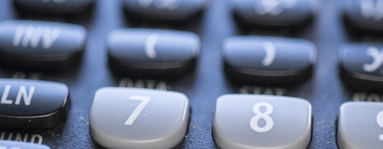 calculator-4607653_1920