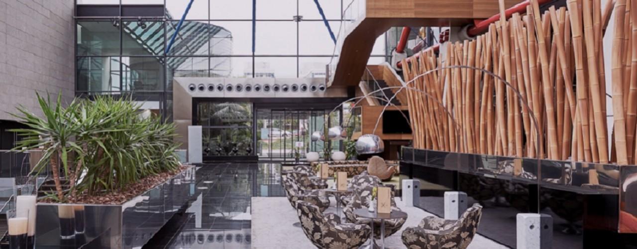 hotel-hesperia-tower-lobby